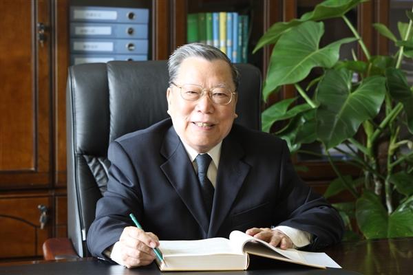 中国工程院院士陈清如:一生与煤相伴