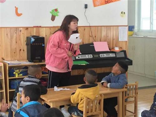 手拉手促v小学龙盛小学赴丹巴送教送培英语如何初中差生学好图片