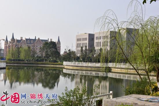 四川天一学院发布2018年招生简章