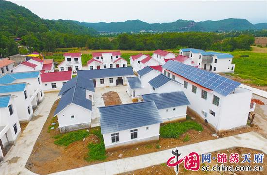 射洪县香山镇:旧貌换新颜,乡村更宜居
