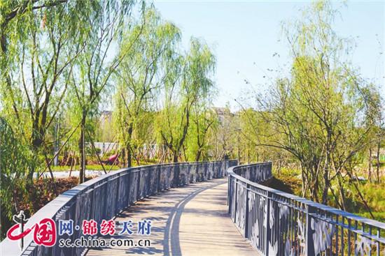 """成都驿马河公园一期示范段收尾""""倒计时"""" 完善功能 打磨细节"""