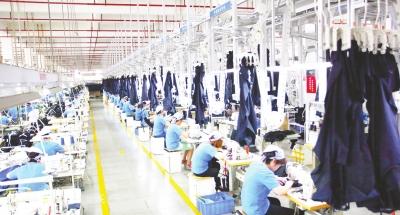 四川琪达实业集团有限公司: 一心一意一针一线 用质量征服市场