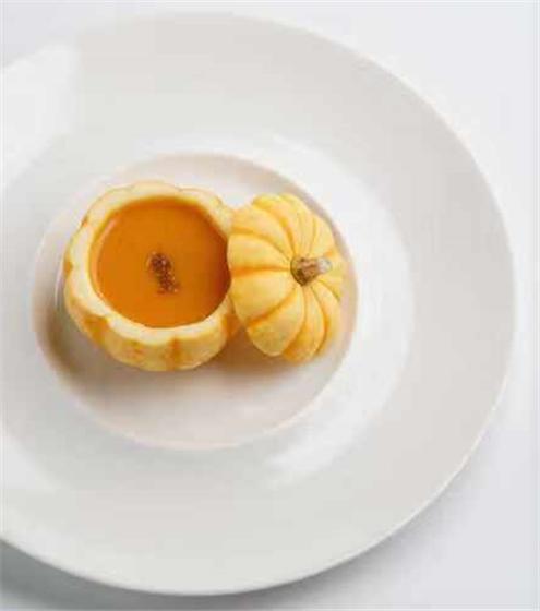 跟着味蕾去旅行 成都希尔顿酒店推出意大利风情私宴