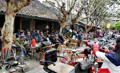 成都彭镇老街茶馆