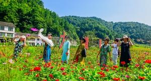 四川广元:摄影师眼中朝天农村的30年变革