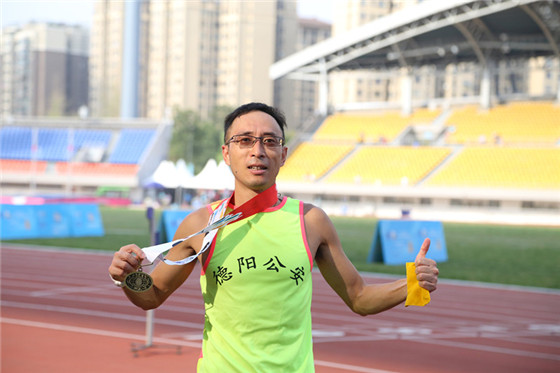 世警会再传捷报 德阳选手林可拼得男子5000米40+组别季军