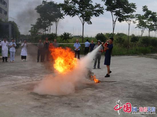 经开区:消防培训进企业 筑牢安全防火墙