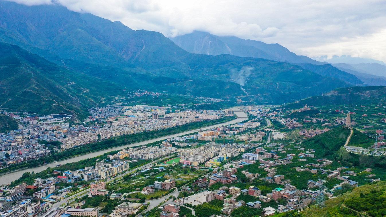 大美新阿坝|航拍茂县:中国最大的羌族聚居县