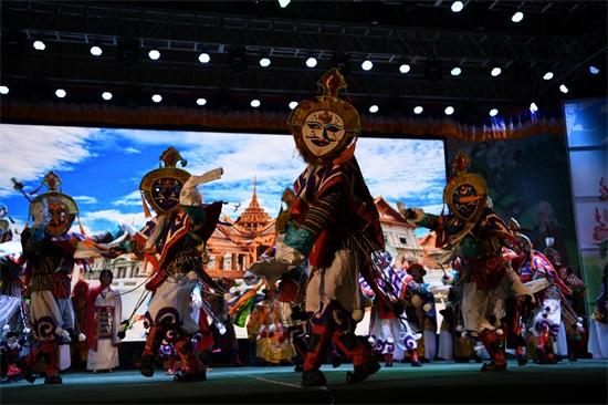 第二届四川艺术节 壤塘上演安多藏戏