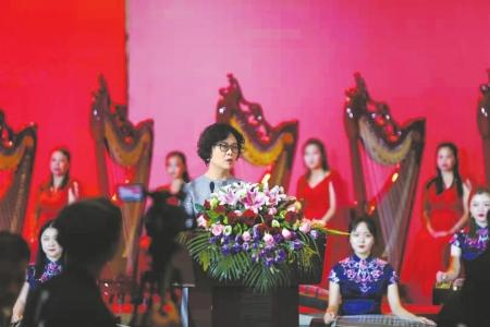 第十届茅盾文学奖14日在国博隆重举行