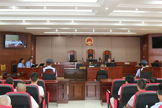 """冕宁县:镇村干部走进庭审现场 """"面对面""""接受警示教育"""