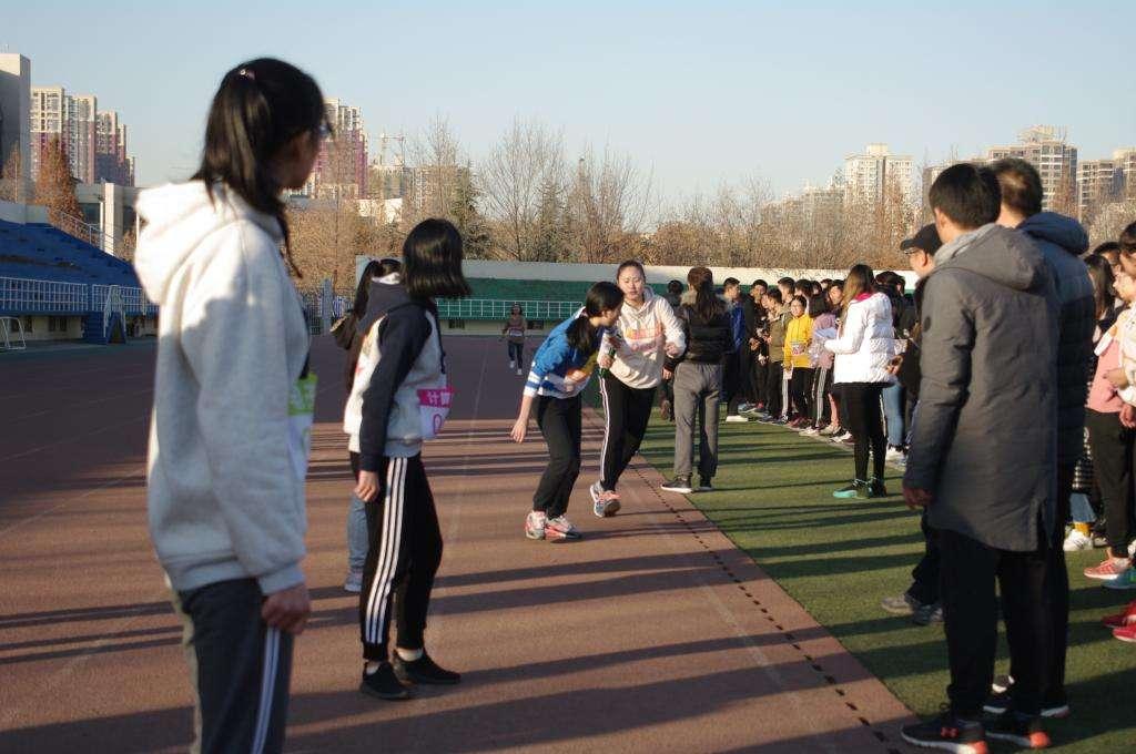 广安中学学生体质健康测试工作圆满完成
