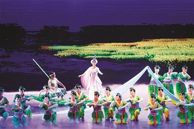 大型诗乐舞《川江花雨》在宜宾开演